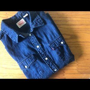 Levi's Short Sleeve Denim Button Up